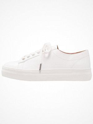 Topshop CARAMEL FLAT Sneakers white