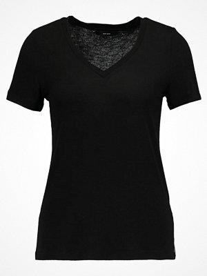 Vero Moda VMHONIE  Tshirt med tryck black