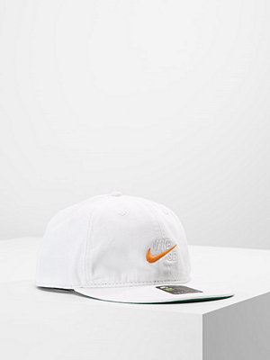 Kepsar - Nike Sb VINTAGE Keps white/pine green/circuit orange