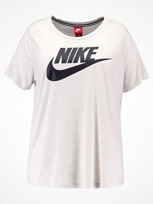 Nike Sportswear ESSENTIAL Tshirt med tryck light bone/black