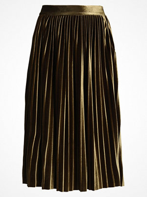 Kjolar - Vero Moda VMGIAGIA  Alinjekjol dark olive