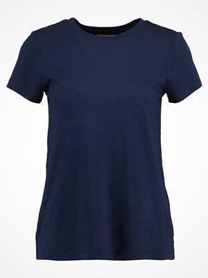 Zalando Essentials Tshirt bas peacoat