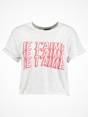 Topshop JE T'AIME CROP Tshirt med tryck light grey