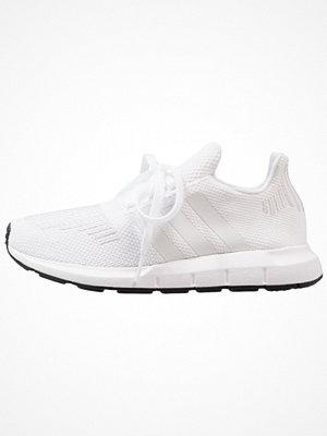 Adidas Originals SWIFT RUN Sneakers white