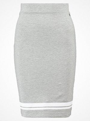 Only ONLCARIN Pennkjol medium grey melange