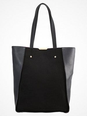 Handväskor - Dorothy Perkins INSERT Handväska black