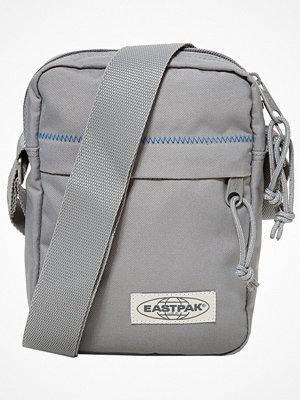 Väskor & bags - Eastpak THE ONE/DECEMBER SEASONAL COLORS Axelremsväska grey stitched