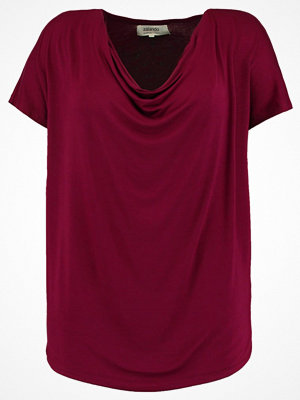 Zalando Essentials Curvy Tshirt med tryck dark red