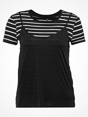 Only Petite ONLNEW CLORA Tshirt med tryck black
