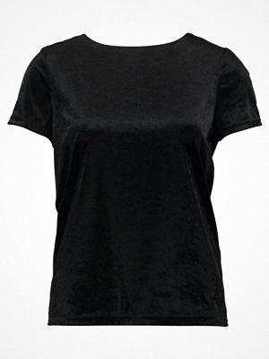 Vero Moda VMNADIA  Tshirt med tryck black/solid