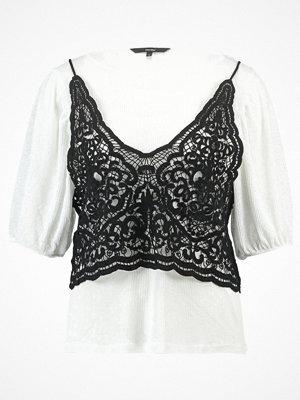 Vero Moda VMNOVO  Tshirt med tryck snow white/black
