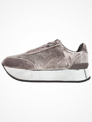 Calvin Klein Jeans CATE Sneakers silver