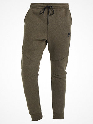 Nike Sportswear TECH FLEECE Träningsbyxor medium olive/black/white