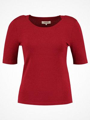 Zalando Essentials Tshirt med tryck biking red
