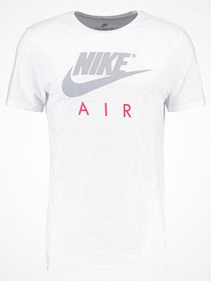 Nike Sportswear AIR Tshirt med tryck blanc/gris