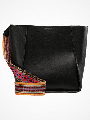 Handväskor - Even&Odd Handväska black