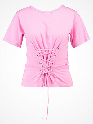 New Look Petite CORSET LACE UP Tshirt med tryck pink