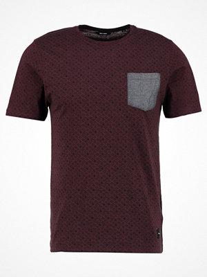 Only & Sons ONSARTHUR SLIM FIT Tshirt med tryck fudge