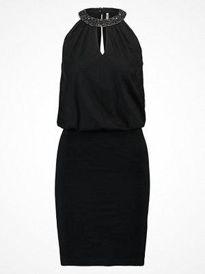 Only ONLDENISE Jerseyklänning black