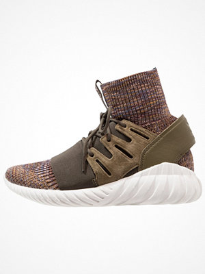 Adidas Originals TUBULAR DOOM PK Höga sneakers trace olive/mystery brown/crystal white