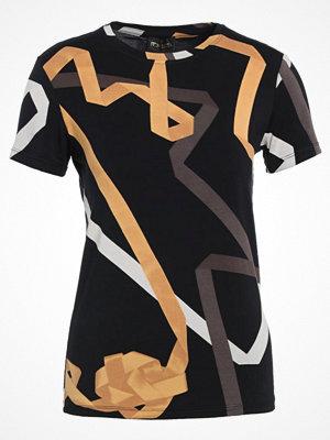 Stine Goya SHADE GORDIAN Tshirt med tryck black