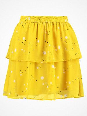 Vero Moda VMFRIDA LAYER Alinjekjol lemon curry