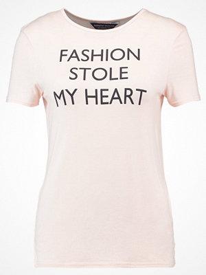 Dorothy Perkins FASHION STOLE MY HEART  Tshirt med tryck peach