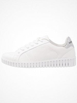 Vero Moda VMSALLY Sneakers snow white