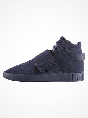 Sneakers & streetskor - Adidas Originals TUBULAR INVADER STRAP Höga sneakers trace blue