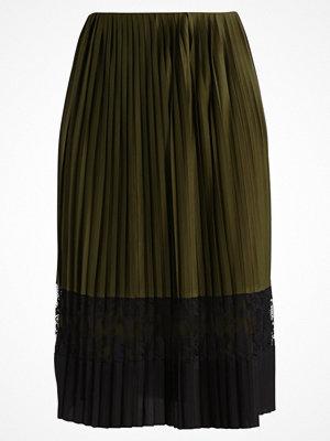 Anna Field Veckad kjol khaki/black