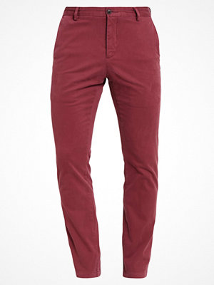 Byxor - Dockers CLEAN SLIM TAPERED STRECH DYED SATEEN GARMENT Chinos port