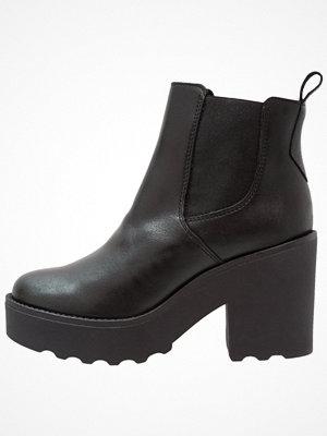 Boots & kängor - Zign Klassiska stövletter black