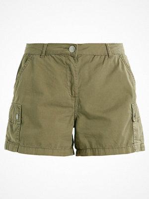 Shorts & kortbyxor - Dorothy Perkins UTILITY  Jeansshorts green