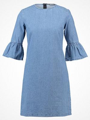Dorothy Perkins BELL SLEEVE SHIFT Jeansklänning blue