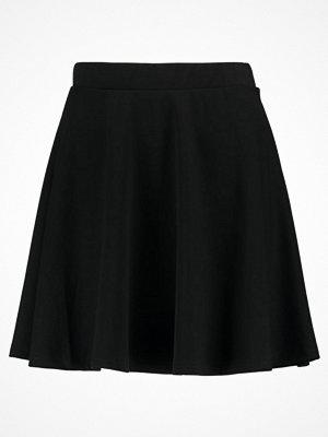 Kjolar - Vero Moda VMKALLY  Alinjekjol black