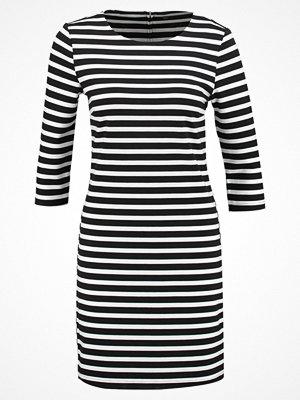 Only ONLTONNI SHORT Jerseyklänning black/cloud dancer