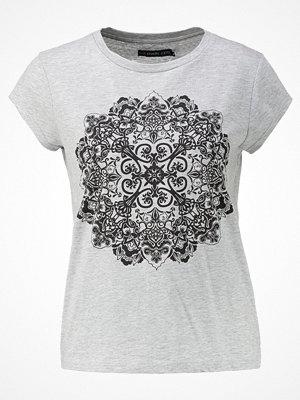 T-shirts - Even&Odd Tshirt med tryck grey melange