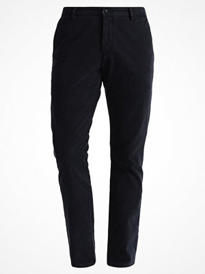 Byxor - Dockers CLEAN SLIM TAPERED STRECH DYED SATEEN GARMENT Chinos dockers navy