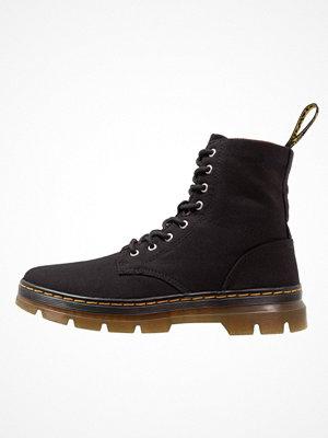 Boots & kängor - Dr. Martens COMBS Snörstövletter black