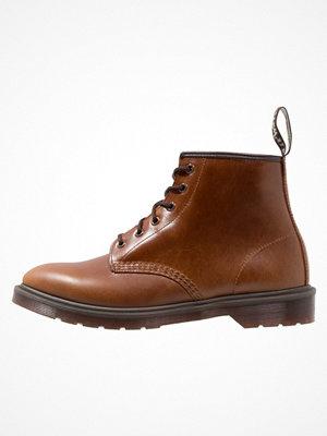Boots & kängor - Dr. Martens 101 BR 6 EYE Snörstövletter smokethorn