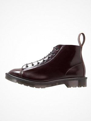 Boots & kängor - Dr. Martens LES Snörstövletter merlot