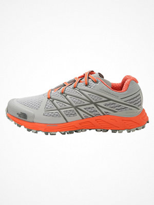 Sport & träningsskor - The North Face ULTRA ENDURANCE Löparskor terräng high rise grey/nasturtium orange