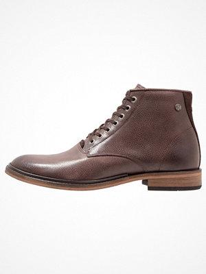 Boots & kängor - Sneaky Steve ARKANE  Snörstövletter dark brown