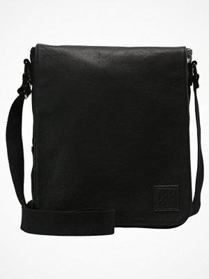 Väskor & bags - YourTurn Axelremsväska black