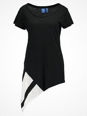 T-shirts - Adidas Originals EQT BLOCK  Tshirt med tryck black/white