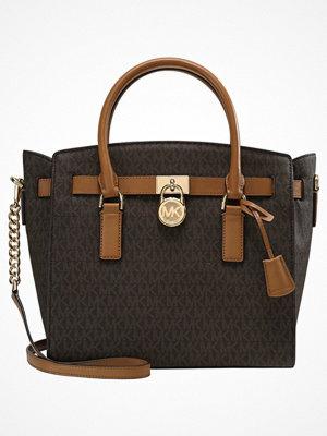 Handväskor - MICHAEL Michael Kors HAMILTON Handväska brown
