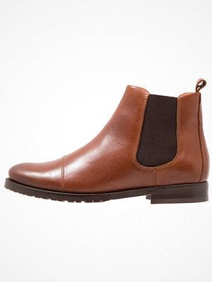 Boots & kängor - Royal Republiq NANO CHELSEA Stövletter cognac
