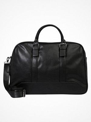 Väskor & bags - KIOMI Weekendbag black