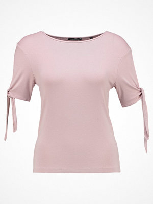 one more story Tshirt med tryck silver pink