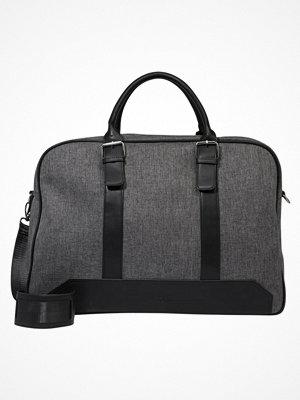 Väskor & bags - KIOMI Weekendbag grey/black